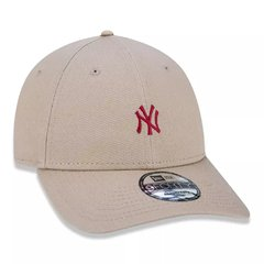 Boné New Era MLB 9Forty New York Yankees Bege MBV19BON142