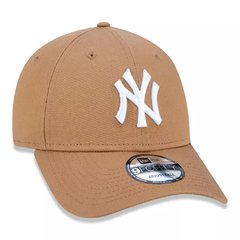 Boné New Era 9Forty MLB New York Yankees Kaki MBV18BON344