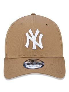 Boné New Era 9Forty MLB New York Yankees Kaki MBV18BON344 - comprar online