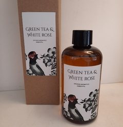 Difusor con varillas de bambú Green tea & White rose