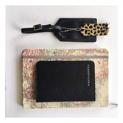 Passport Cover Black - comprar online