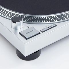 AUDIO TECHNICA AT-LP120XUSB-SV Bandeja Giradiscos Profesional de Accionamiento directo. Color Gris - Lead Music