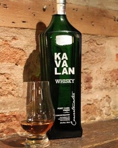 Whisky Single Malt Kavalan Port Cask Finish Origen Taiwan. - comprar online