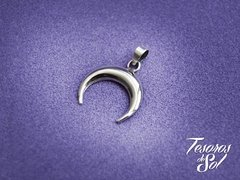 D 965 - Dije de Plata 925 – Media Luna Invertida (18 mm)