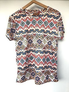 Tribal Greek T-Shirt en internet
