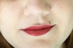 Labial en barra matte Cherry pop - Ricosti