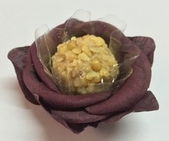 Image of Fabric Flower Wrappers for Sweets Rounded Camellia (100 pieces)