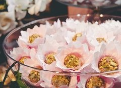 fabric-flower-wrappers-for-wedding-sweets-sunflower