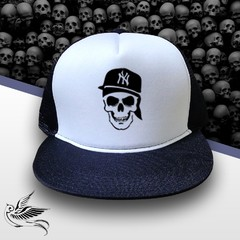 BONÉ NEW YORK SKULL
