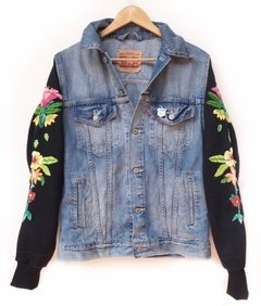 campera Levis intervenida