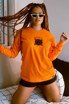 Camiseta manga longa riot orange vibes