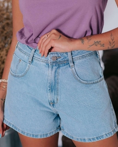 shorts mom jeans eyes na internet