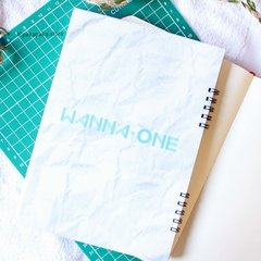 Caderno Wanna One - comprar online