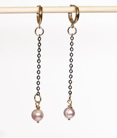 Gigi Earrings in light pink pearl, black rhodium and golden elements - buy online