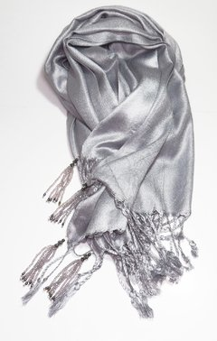 Pashmina Cinza com Tassels on internet