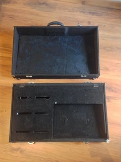 Case Pedalboard 70 x 40 cm Angelo Cases - Usado na internet