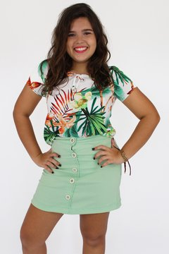 Blusa manga curta estampa tropical