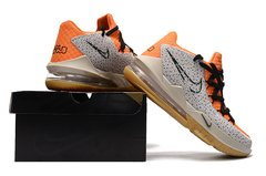 Tênis Nike LeBron 17 Low Orange Marble Grain - comprar online