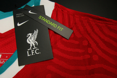 Liverpool - Home - Authentic - Com Patchs - 2020/21 - loja online