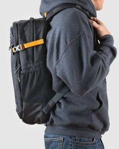 Mochila Notebook Impermeable Lowepro Ridgeline Bp250 AW 24L en internet