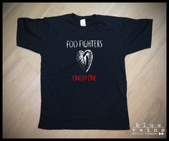Remera Foo Fighters One by One