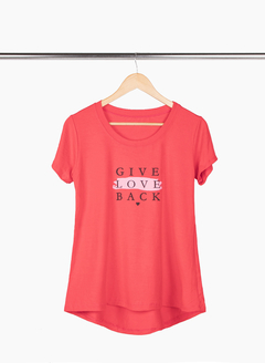Remerón Give Love XL acampanado irregular - Remeras y remerones por mayor | Crema Moda